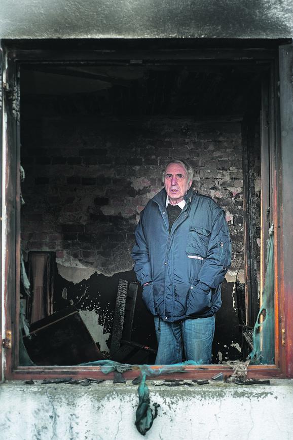 SIMONOVIĆEV PAKLENI PLAN Čelnik Grocke tri meseca smišljao kako će novinaru zapaliti kuću, a bilo mu je važno SAMO JEDNO I TU JE OMANUO