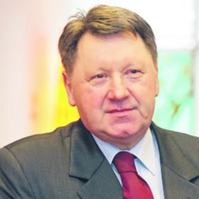 Bazyli Zacharczuk, radca prawny, był m.in. prezesem Sądu Rejonowego w Białymstoku
