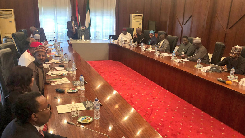 Buhari holds inaugural meeting with members of Economic Advisory Council  [Twitter/@toluogunlesi]