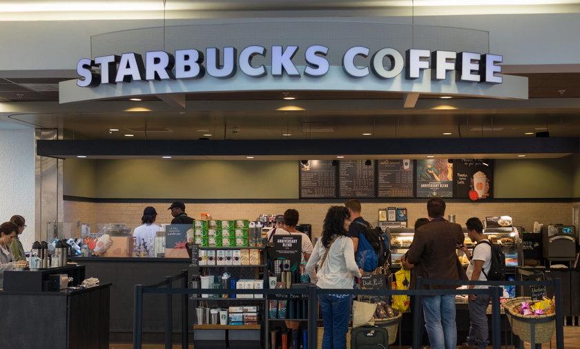 Amerykanka chce Chce 5 mln dolarów od Starbucksa