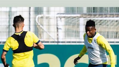 Villarreal star Samuel Chukwueze returns to training after undergoing surgery for a groin injury