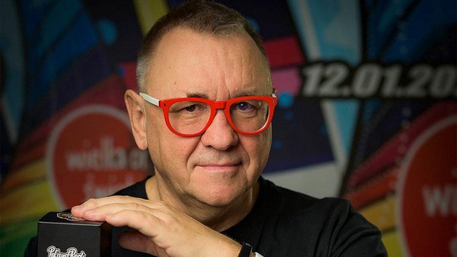 """Jurek Owsiak promuje skomponowane przez siebie perfumy """"Music"""""""
