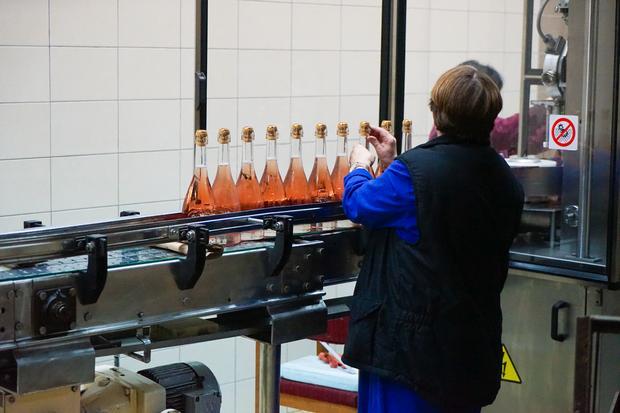 Produkcja wina musującego