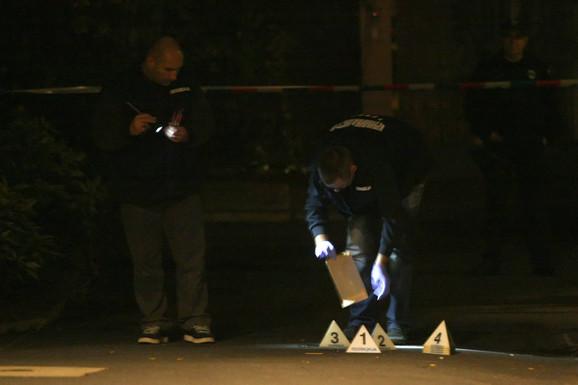 Uviđaj nakon atentata: Ubice su na Milana Beka pucale ispred njegove kuće na Senjaku