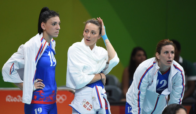 Maja Ognjenović sa Tijanom Bošković (levo) i Jelenom Nikolić