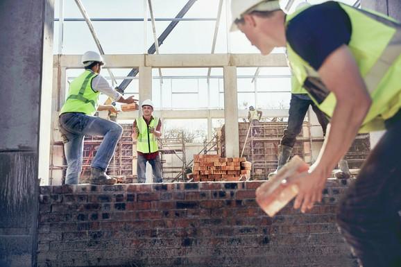 Građevina uz ugostiteljstvo najviše upošljava radnike na crno