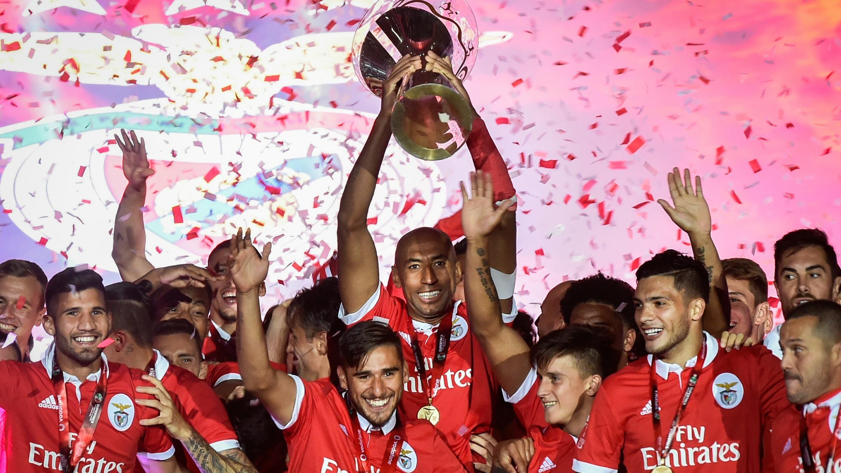 d1186101e Benfica zdobywcą Superpucharu Portugalii - Piłka nożna