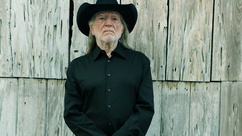 "Willie Nelson wydaje album ""Heroes"""