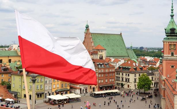 W porównaniu z czerwcem o 3 punkty procentowe zmniejszył się odsetek badanych uważających, że sytuacja w Polsce zmierza ku dobremu.