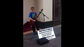 12-letni Kris McDowall w roli supportu AC/DC? Zobacz wideo