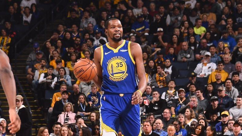 Kevin Durant helped the warriors to a win against the Mavericks [NBA]