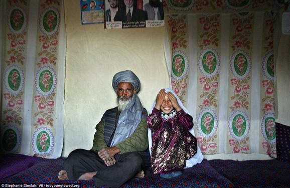 Šokantno: Said (55) i Rošan (8) dan nakon veridbe u Avganistanu