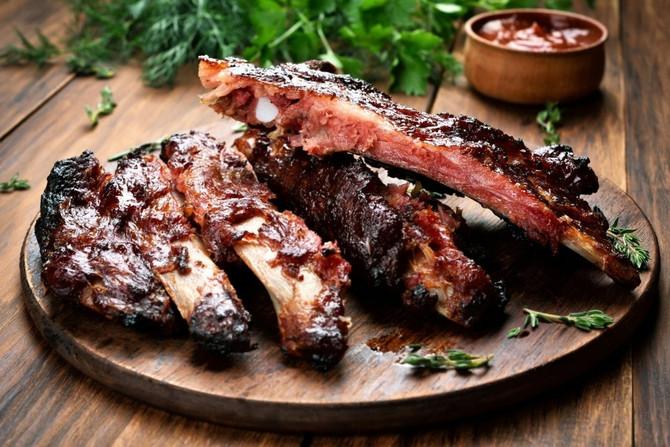 Stavite nekoliko kašika kečapa u marinadu koju inače pravite i dobićete savršeno sočno i mekano meso