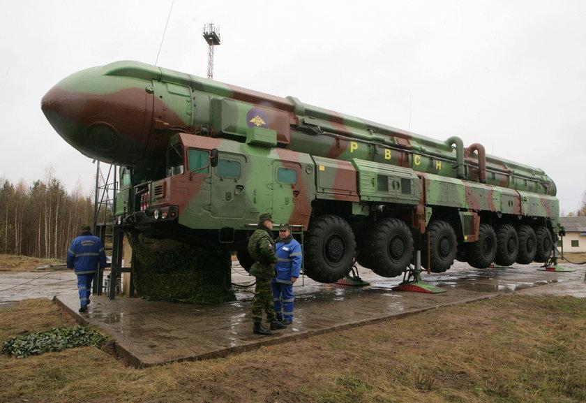 Rosyjska rakieta Topol.