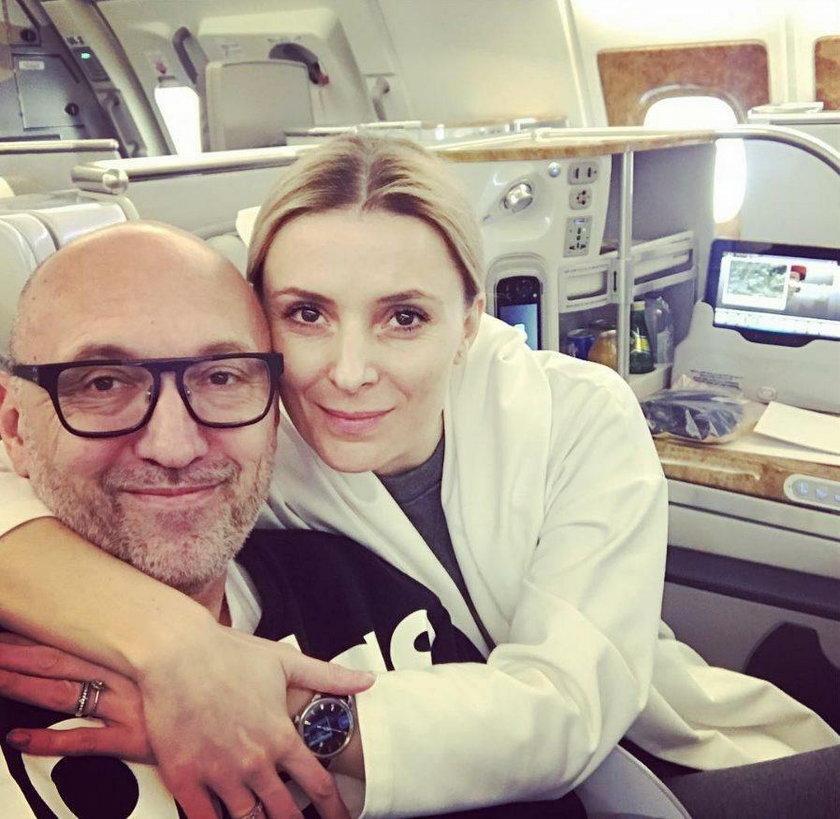 Halina Mlynkova i Leszek Wronka w samolocie