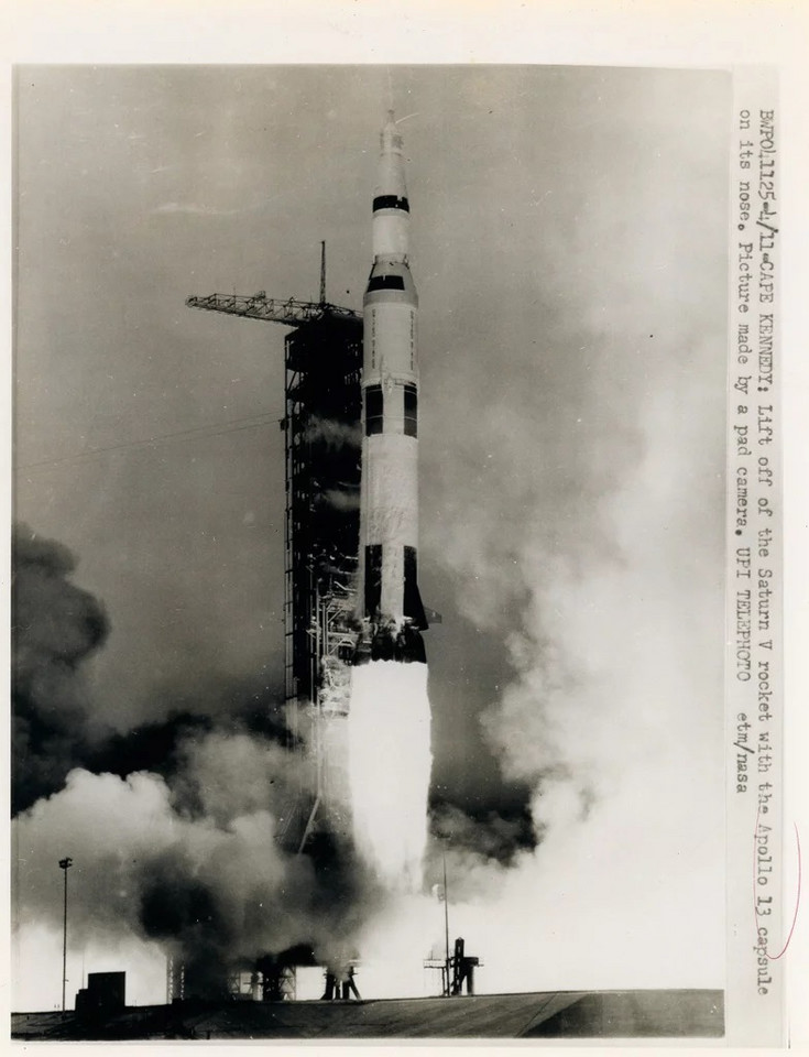 Start Apollo 13 (fot. Swann Galleries)