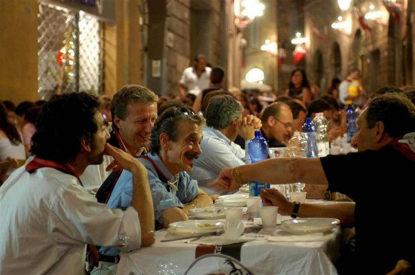 Polacy nie chcą płacić za Włochów