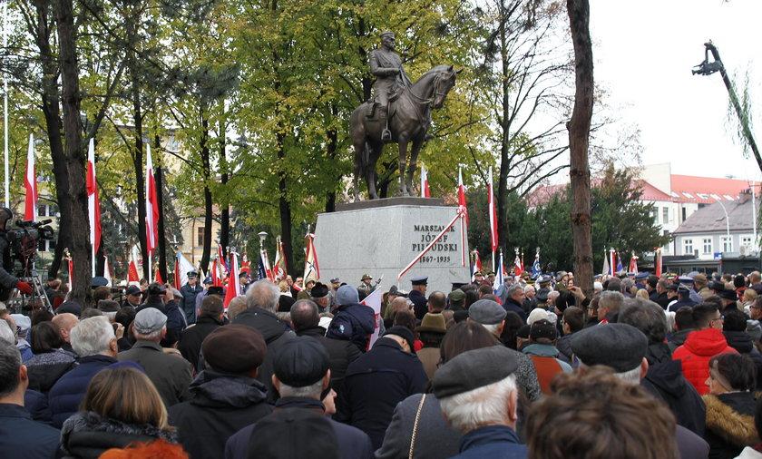 Odsłonięcie pomnika Marszałka Józefa Piłsudskiego