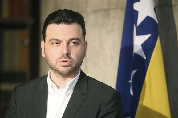 """OVAJ PUT LOŠE JE MEĐU NAMA"""" Saša Magazinović podneo ostavku na funkciju  predsednika Glavnog odbora SDP"""