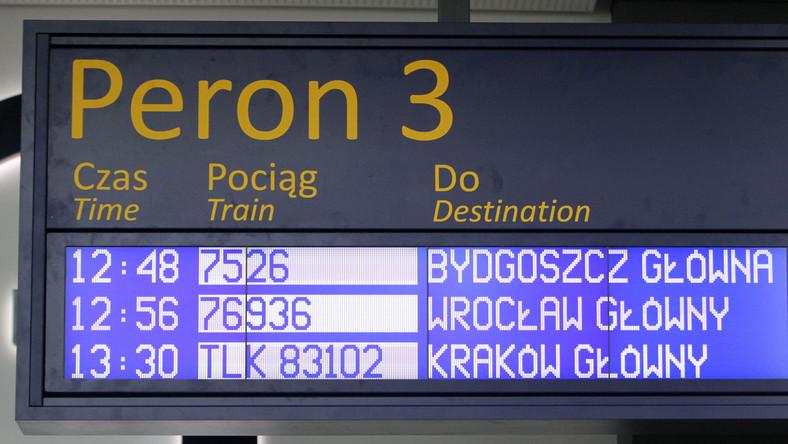 Od początku roku niezgodnie z rozkładem jazdy pojechało aż 50 tys. pociągów.