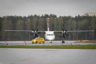 Awaryjne lądowanie w Belfaście bez przedniego koła; jedna osoba ranna