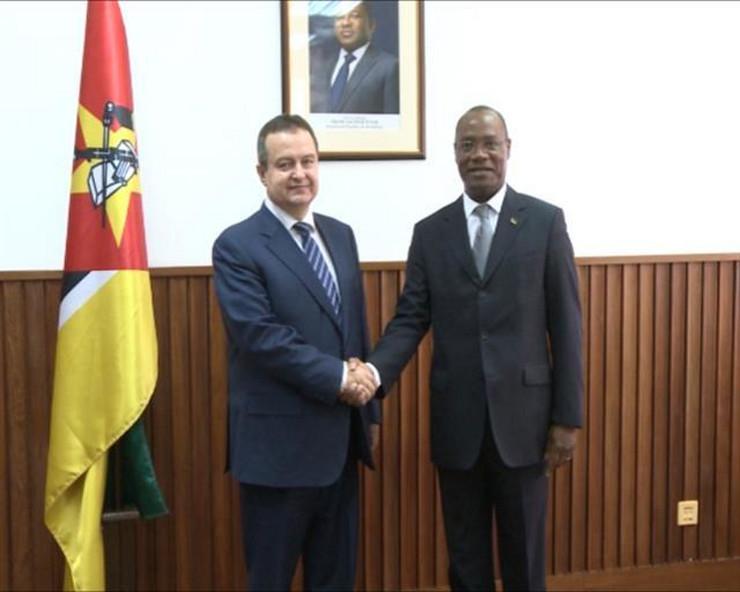 Ivica Dačić, Mozambik, foto promo, MSP