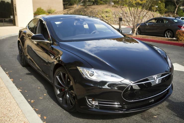 Tesla Model S Autopilot 01_AP_foto AP_01