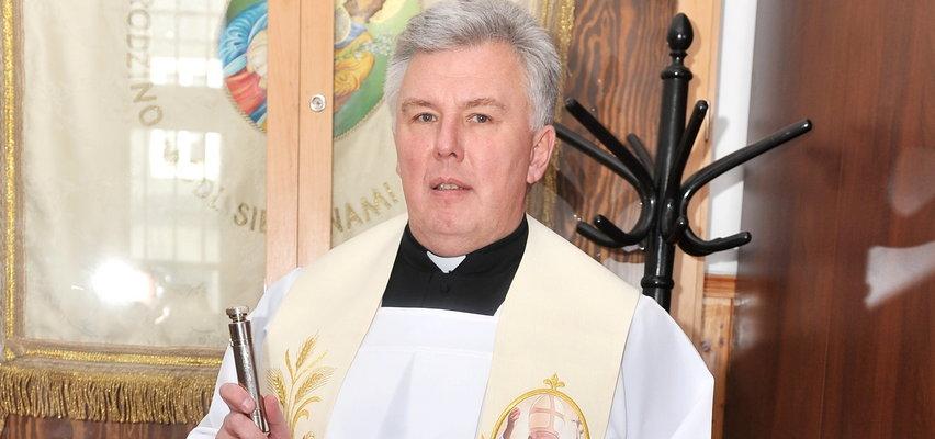 Ksiądz Piotr Turek, przyjaciel Krzysztofa Krawczyka: Proszę Boga, by rodzina pogodziła się nad tym grobem