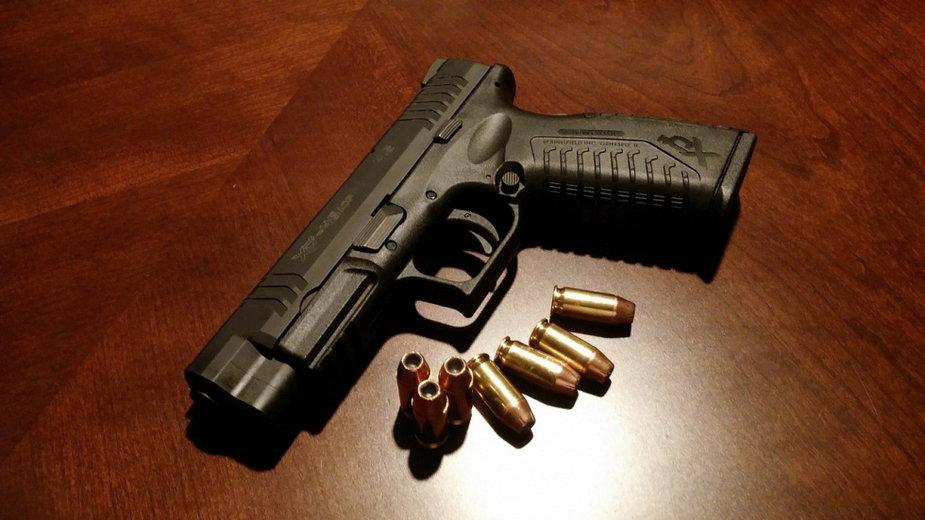 W jednym z rzeszowskich klubów nocnych funkcjonariusz SOP machał bronią pod wpływem alkoholu.