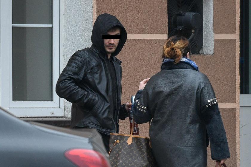 Daniel Martyniuk z Mamą odwiedza żonę i córkę w szpitalu