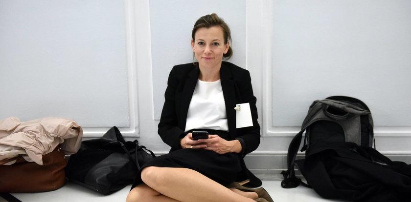 Kandydatka na rzecznika praw obywatelskich czekała na darmo na sejmowej podłodze