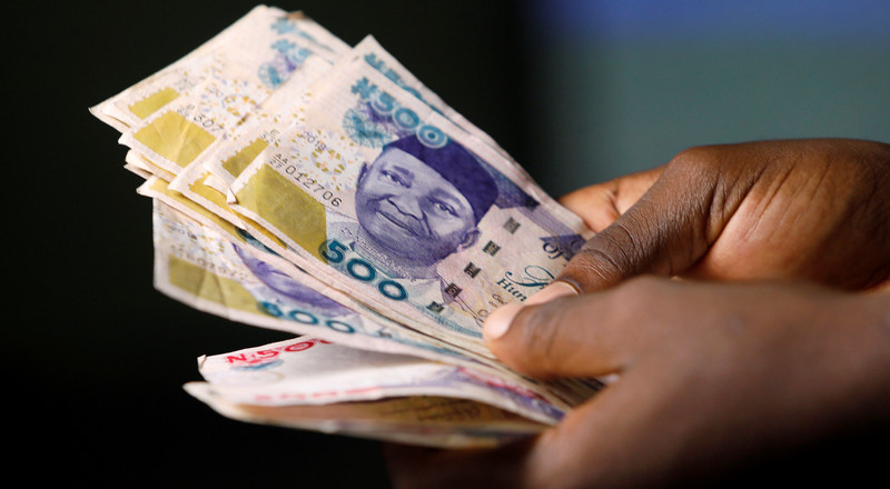 Panic continues as Naira hits N400 to a dollar on the street