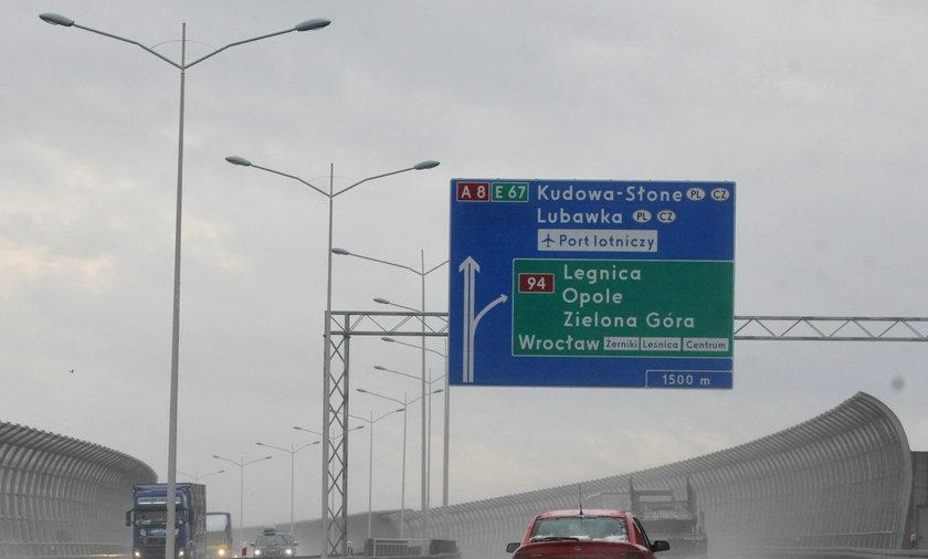 Brak bramek dla karetek na autostradzie A4