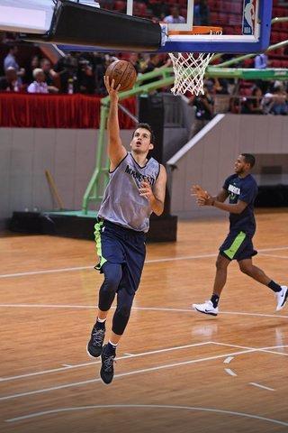 Srpski košarkaši u NBA PB0ktkqTURBXy81NDI1ZmRjODA3ZGQ1YjZkNWY2MTAyN2U1ZmIyNTZiNS5qcGVnk5UCzQMUAMLDlQLNAdYAwsOVB9kyL3B1bHNjbXMvTURBXy8xZDc0Y2I0MTcwNTk1MDQzNjYyOWNhYmQ2MDZmNTBmNi5wbmcHwgA