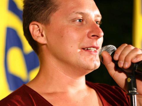 Antek Smykiewicz po powrocie z Azji stracił kontrakt płytowy. Dzień dobry TVN - Plejada.pl