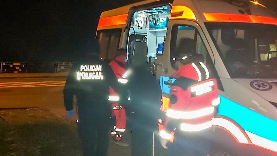 Policjanci uratowali bezdomnego