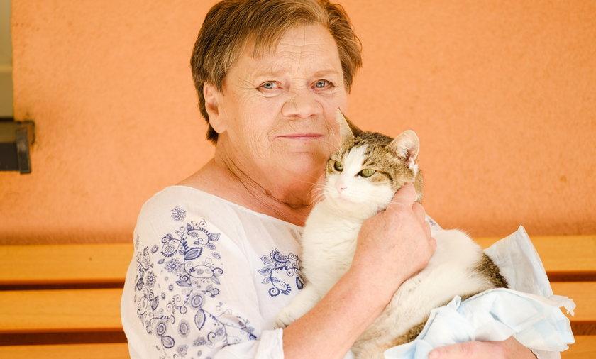 Pani Teresa (76l.) ze swoim pupilem Bryłką.