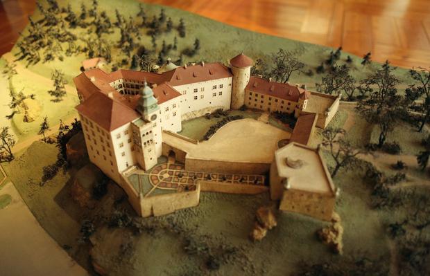 Ekspozycja w zamku w Pieskowej Skale