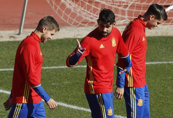 Dijego Kosta na treningu fudbalera Španije