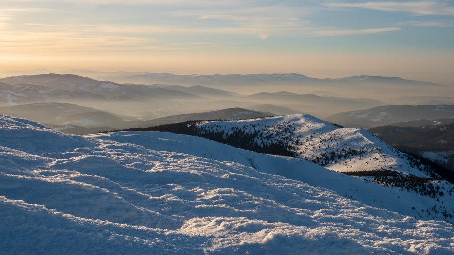 Babia Góra zimą (Zdjęcie ilustracyjne)