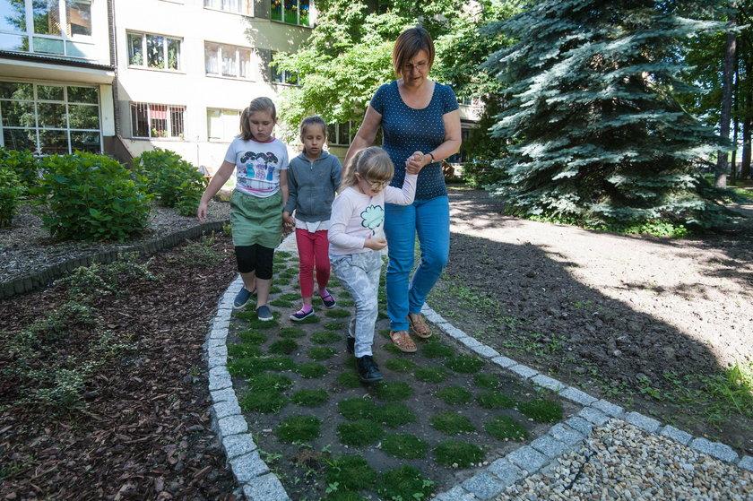 Ścieżka sensoryczna dla dzieci