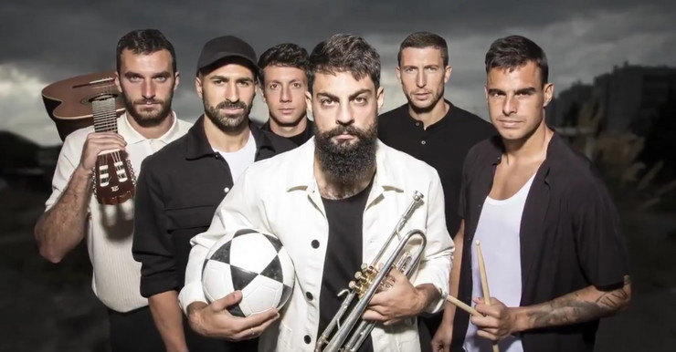 Igrači Atletik Bilbaoa i muzičari