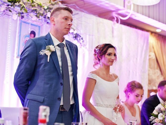 Otišla sam na srpsku svadbu i pretrnula od onoga što sam videla za mladenačkim stolom