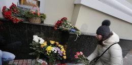 Smutek w Polsce. Łzy w Rosji. Tam dziś ludzie płaczą na ulicach