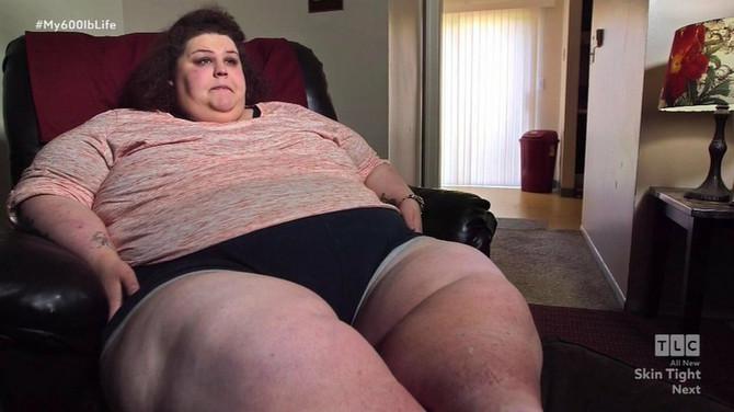 Sa samo osam godina već je imala 90 kilograma