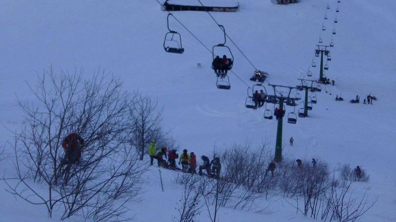 Silny wiatr w Piemoncie uwięził 130 osób na wyciągu krzesełkowym