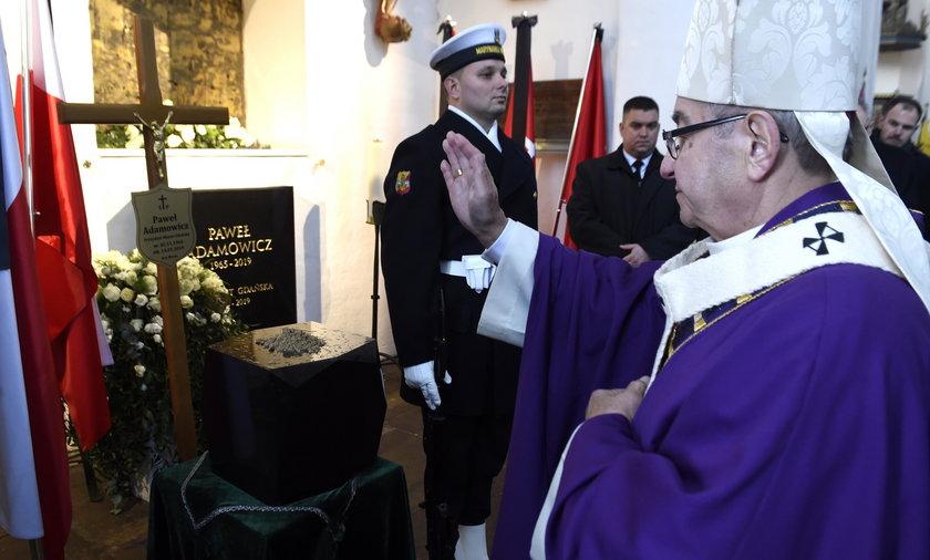 Taca z mszy pogrzebowej Adamowicza dla rodzin w Aleppo