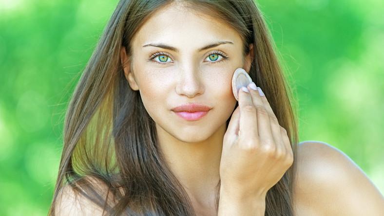 Jak powinien być wiosenny makijaż?