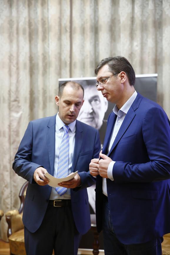 Vučić i ministar zdravlja Zlatibor Lončar