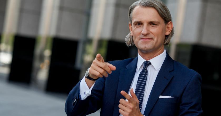 Według szefa S&P na region CEE Marcina Petrykowskiego, zyskowność sektora bankowego wzrośnie w Polsce w 2018 r.